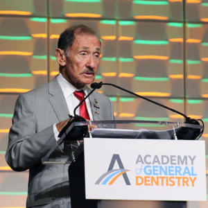 Dr. Bromberg at Oral Health Symposium